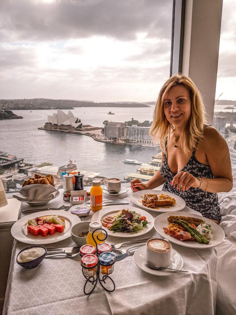breakfast in Shangri-la hotel room